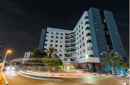 アラビアンパークホテル